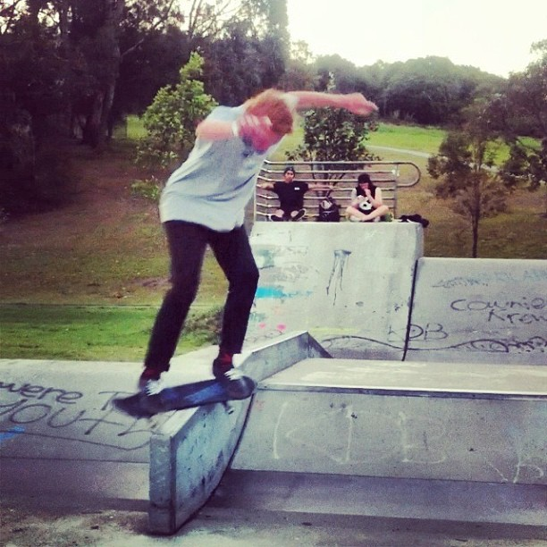 Feeble from front. @thomasrile
